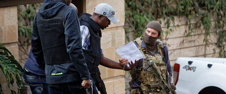Zagadkowy zachodni komandos na zdjęciach z zamachu w Kenii