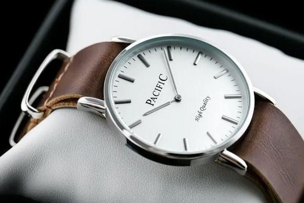 niedrogie zegarki damskie