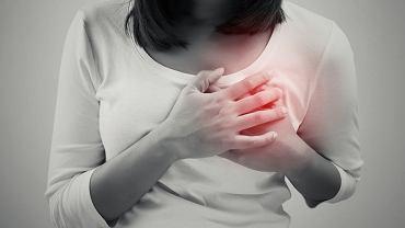 Mastalgia, czyli ból piersi, może mieć rożny charakter