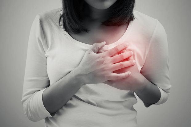 Mastalgia (ból piersi) - przyczyny, objawy, leczenie. Jak sobie radzić z bólem piersi?