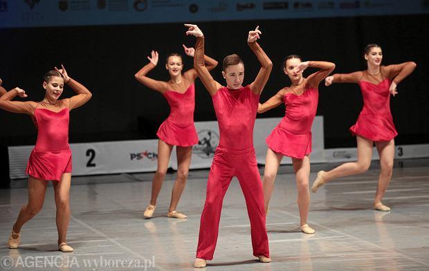Zdjęcie numer 21 w galerii - Cheerleaderki rywalizują w Kielcach. Bo taniec nie jedną ma twarz [ZDJĘCIA]