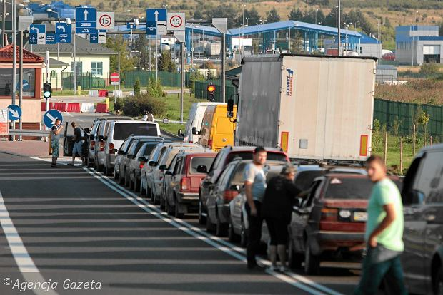 Ukraińscy przemytnicy wściekli po zawieszeniu umowy o małym ruchu granicznym. Polała się krew
