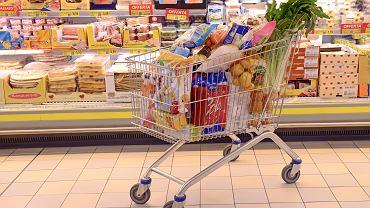 Wózek w sklepie