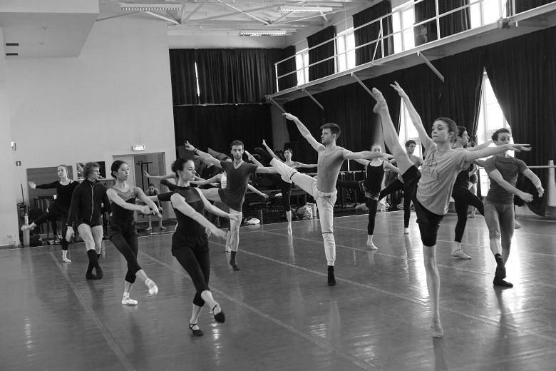 Zdjęcia z prób baletowego Requiem / Marek Grotowski/ materiały prasowe