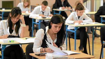 Próbna matura z Operonem z języka obcego na poziomie rozszerzonym rozpoczęła się dzisiaj o godzinie 14.