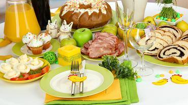 Śniadanie wielkanocne najczęściej przyjmuje tradycyjną formę. Zdjęcie ilustracyjne, Africa Studio/shutterstock.com