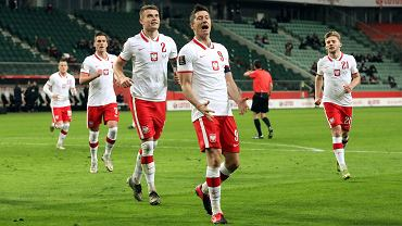 Kamil Piątkowski (z numerem 2) podczas meczu Polska - Andora eliminacji Mistrzostw Świata. Warszawa, 28 marca 2021 r.