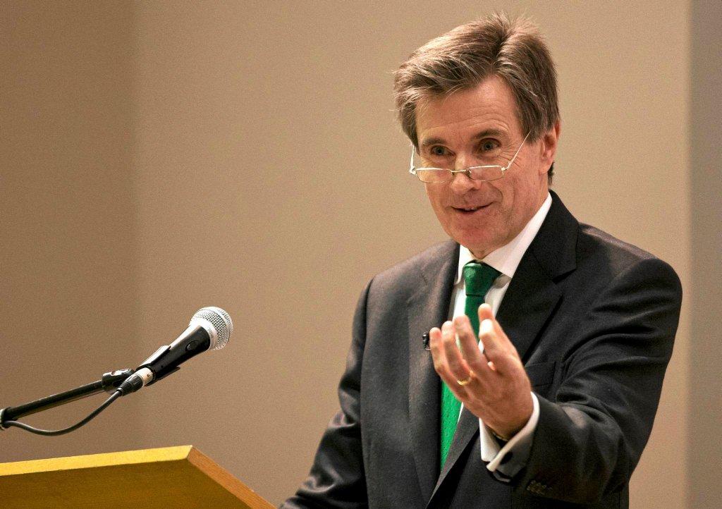 John Sawers podczas wykładu