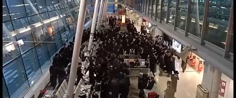 Tańce i śpiewy na Lotnisku Chopina. Żydzi świętowali 78. rocznicę Powstania w getcie warszawskim