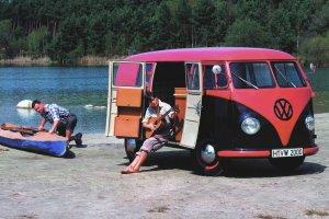 Volkswagen Transporter   To już 65 lat!