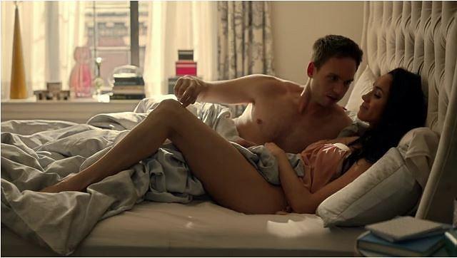 Kadr z serialu 'W garniturach'