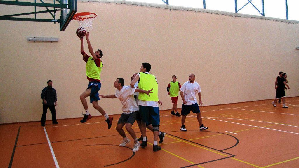 Andrzejkowy Turniej Streetballa Ciechomice Cup 2011