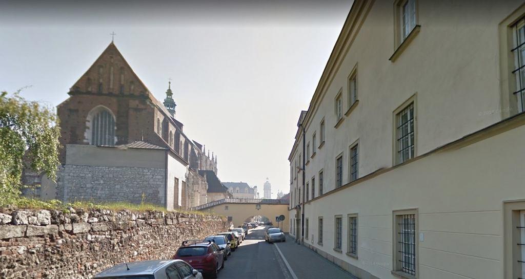 Prezerwatywy na słupkach w Krakowie
