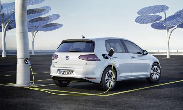 Volkswagen wzywa na naprawy elektryczne auta e-Golf