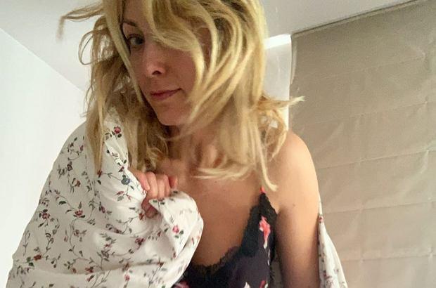 Ależ gorąco! Dawno nie widzieliśmy takich ujęć na profilu Anna Kalczyńskiej. Jest bardzo intymnie.