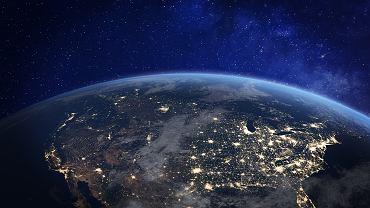 Amerykańska firma chce dostarczać internet z kosmosu. NASA ostrzega przed katastrofą na orbicie