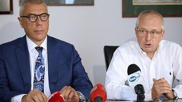 Konferencja prasowa mecenasów Romana Giertycha i Jacka Dubois na temat przyczyny śmierci Dawida Kosteckiego, 29 sierpnia 2019.