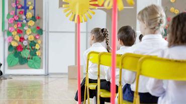 Pediatra: Nie mam oporów przed posłaniem swoich dzieci do szkoły i przedszkola