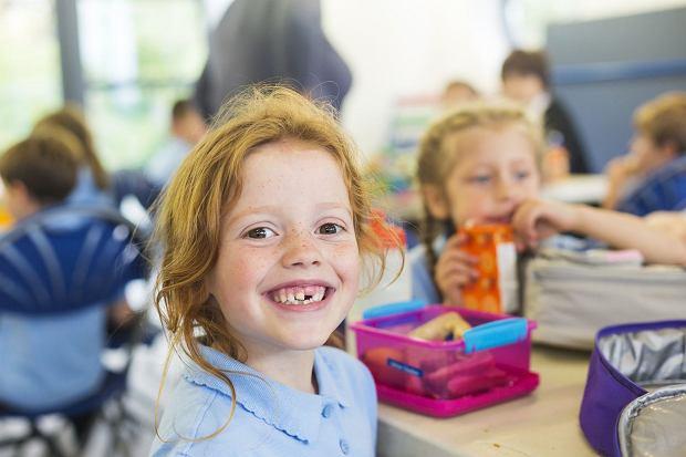 7 pytań do stomatologa: Czy mamy wpływ na to, jakie dziecko będzie miało stałe zęby?