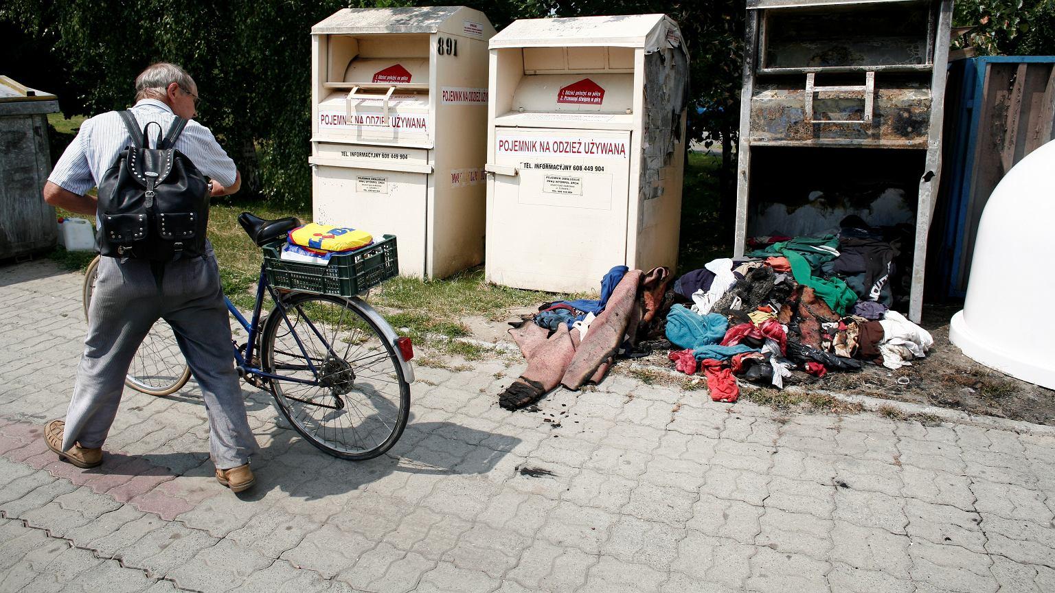 Ubrania, które są wrzucane do pojemników, nigdy nie trafiały i nie będą trafiać do osób ubogich