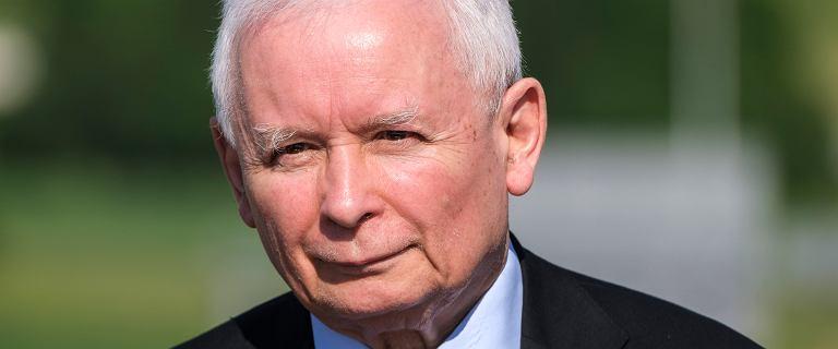 30 tys. zł zarabia od dzisiaj Jarosław Kaczyński. Sam zarządził podwyżki