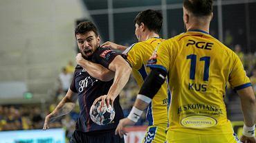 PGE Vive Keels - Nedim Remili împotriva lui Matus Gus și Marco Mamik în timpul meciului PSG