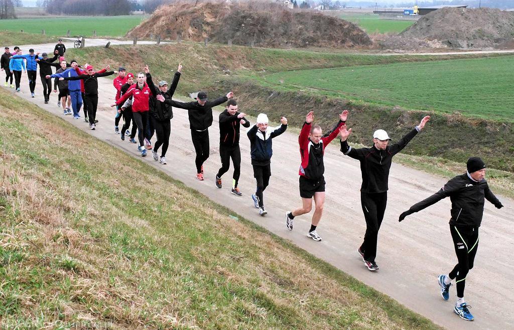 Niedzielny trening; w dwóch grupach wzięło w nim udział w sumie ok. 40 osób
