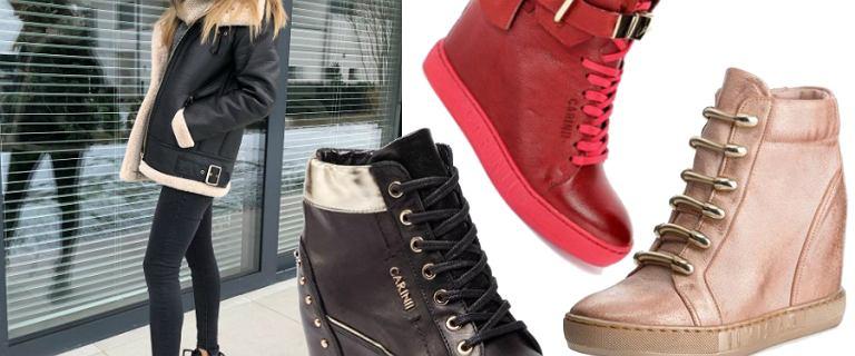 Sneakersy na koturnie: modele marki Carinii kupisz teraz o wiele taniej!