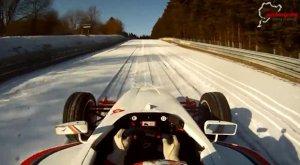 Wideo | Co robić na Nurburgringu zimą?