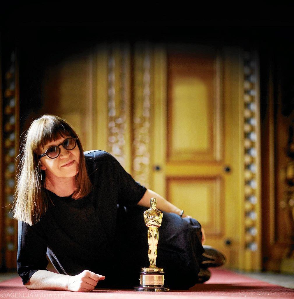 Ewa Puszczyńska z Oscarem za 'Idę'