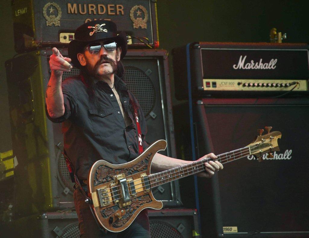 Lenny Kilmister podczas koncertu w czerwcu 2015 roku.