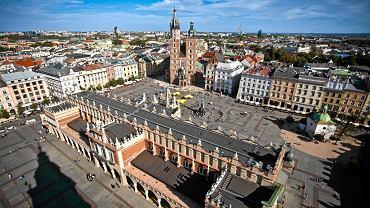 Kraków, widok na starówkę z wieży Bazyliki Mariackiej
