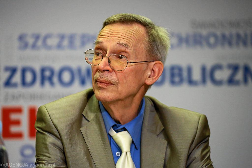 Prof. Włodzimierz Gut o obecnej sytuacji epidemicznej w kraju