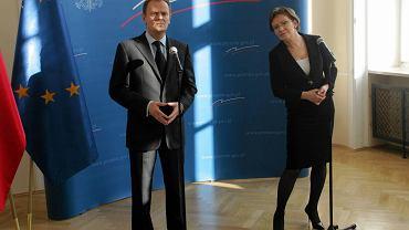 Tusk i Kopacz podczas konferencji prasowej w kancelarii premiera w lutym 2009 r.
