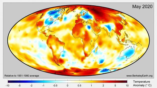 Anomalie temperatury w maju w odniesieniu do wieloletniej średniej.