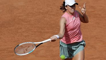Iga Świątek w finale WTA w Rzymie! Z kim zagra w finale? Kiedy i gdzie go oglądać? [TRANSMISJA]