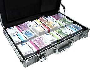 Są nowe zasady przewożenia pieniędzy w UE