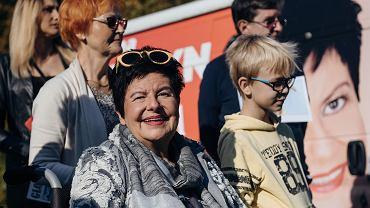 Wyborcze spotkanie SLD w Gdyni w sprawie wybiegów i cmentarza dla zwierząt