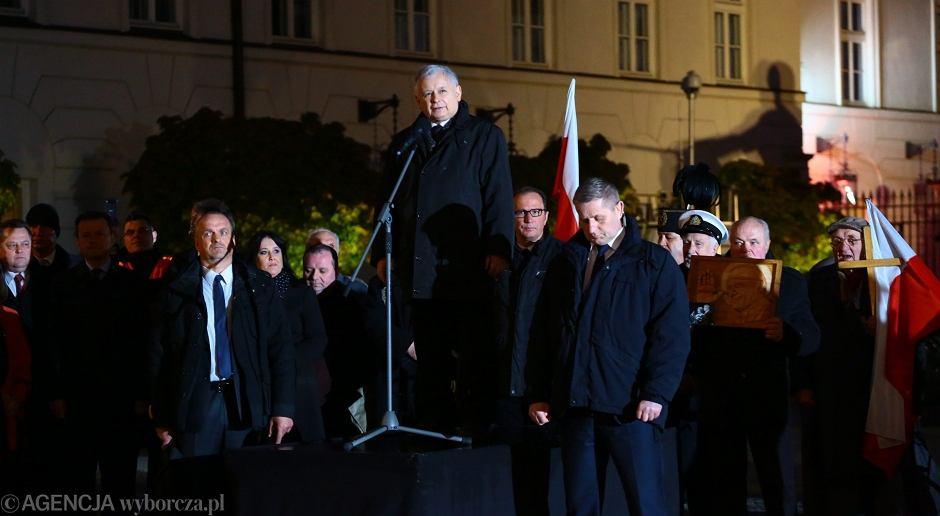 Jarosław Kaczyński na obchodach 85. miesięcznicy katastrofy smoleńskiej