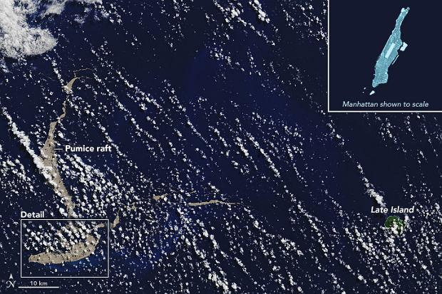 Masa pumeksu dryfująca w kierunku wybrzeży Australii