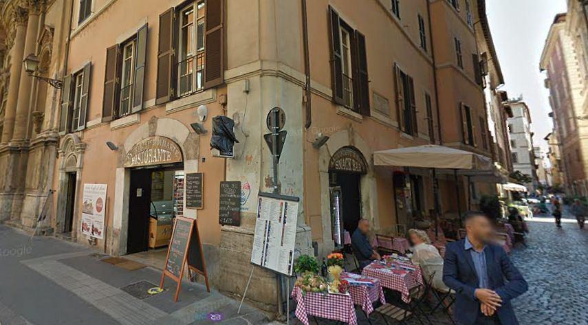 Antico Caff? di Marte w Rzymie przy Via Banco di S.Spirito