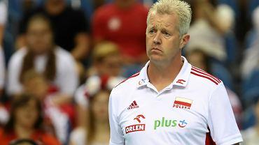 Iracki trener broni Heynena po oskarżeniach Ngapetha o rasizm