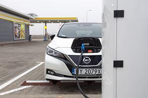 Czy leasing pojazdu elektrycznego się opłaca? Mamy wyliczenia w porównaniu do samochodu z silnikiem spalinowym