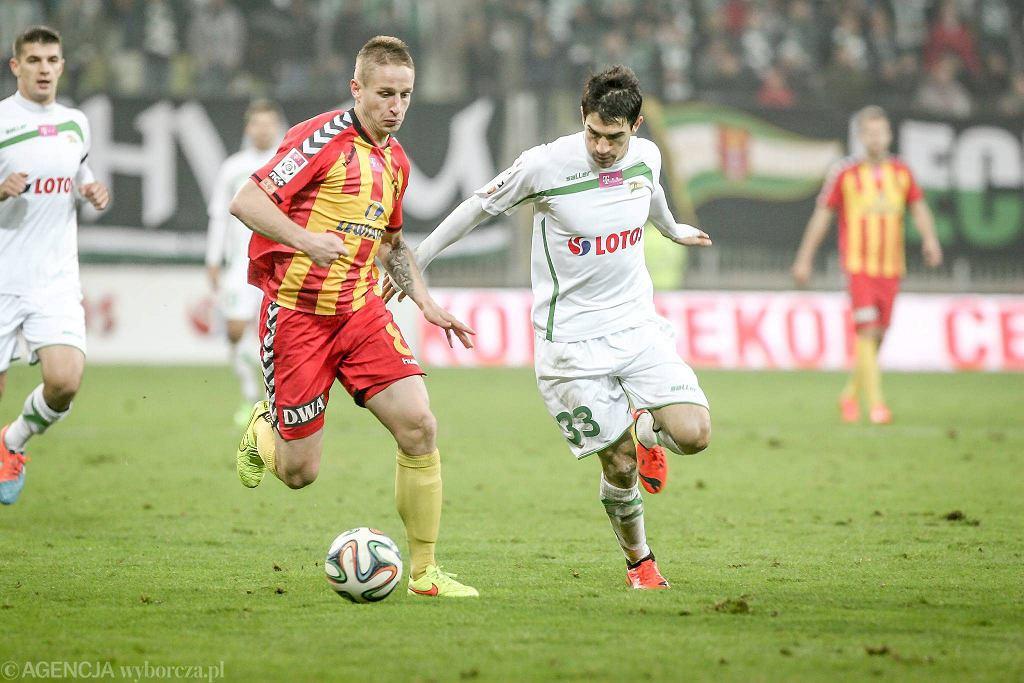 Lechia Gdańsk - Korona Kielce 1:2. Z prawej Nikola Leković