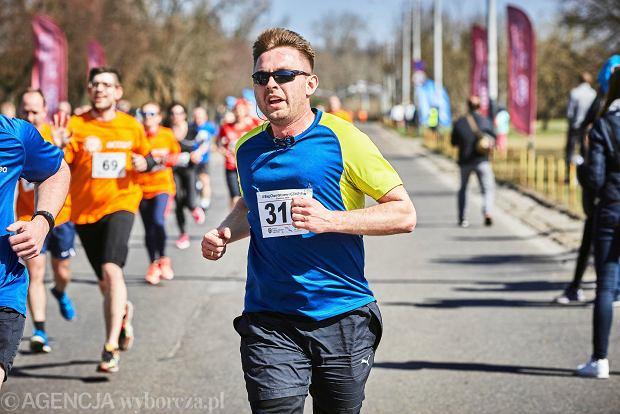 Zdjęcie numer 5 w galerii - Otwarcie sezonu biegowego w Łodzi.