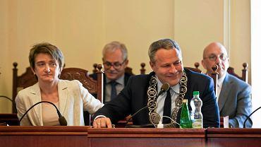 Prezydent Rafał Bruski na sesji radu miasta Bydgoszczy