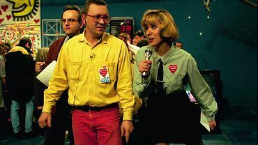 Jurek Owsiak i Agata Młynarska podczas finału WOŚP, styczeń 1993 r. (fot. Michał Mutor / Agencja Gazeta)