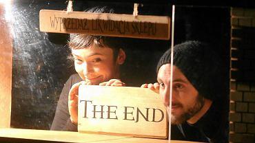 Spektakl 'A Mano' Teatru El Patio z Hiszpanii. Międzynarodowy Festiwal Teatrów Lalek dla Dorosłych 'Metamorfozy'