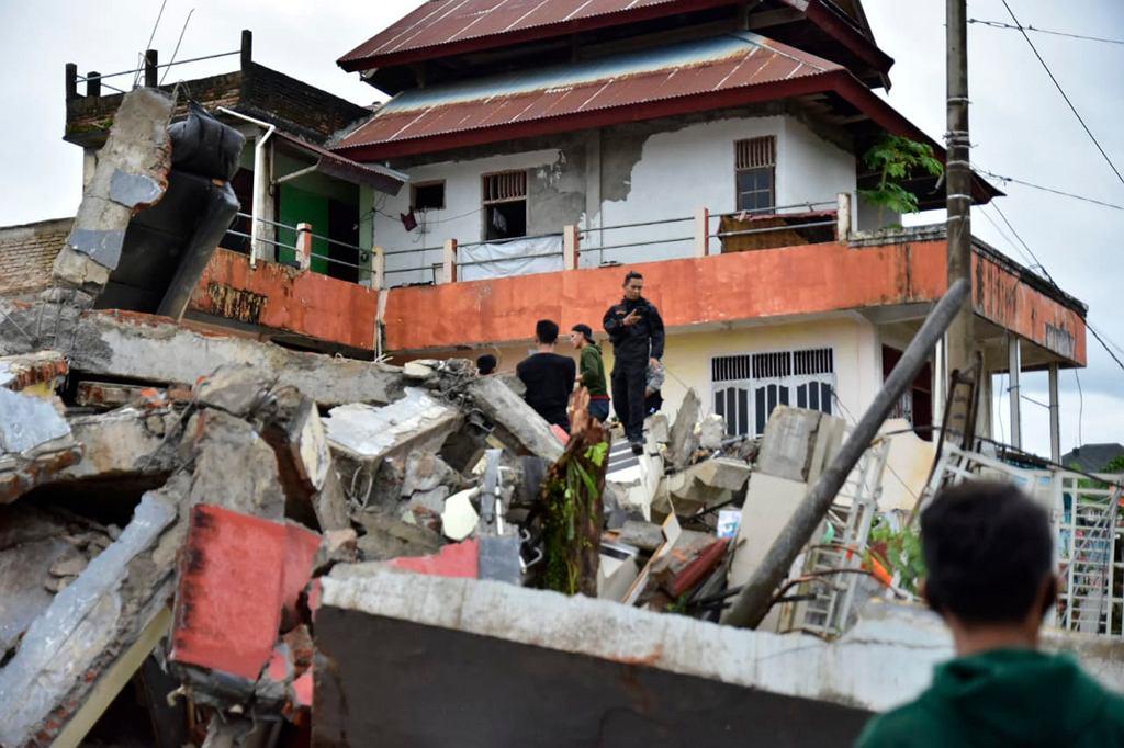 Indonezja. Trzęsienie ziemi na wyspie Celebes. Zginęło co najmniej 35 osób