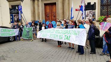 Mieszkańcy protestowali w obronie Zakrzówka